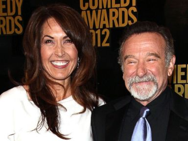 PHOTO: (L-R) Susan Schneider and Robin Williams attend The Comedy Awards 2012 at Hammerstein Ballroom on April 28, 2012 in New York City.