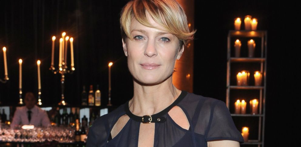 PHOTO: Robin Wright attends the 2014 amfAR New York Gala at Cipriani Wall Street on Feb. 5, 2014 in New York City.