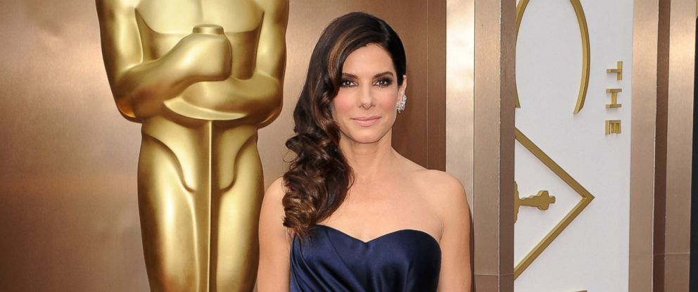 PHOTO: Actress Sandra Bullock arrives at the 86th Annual Academy Awards at Hollywood & Highland Center in this March 2, 2014, file photo.