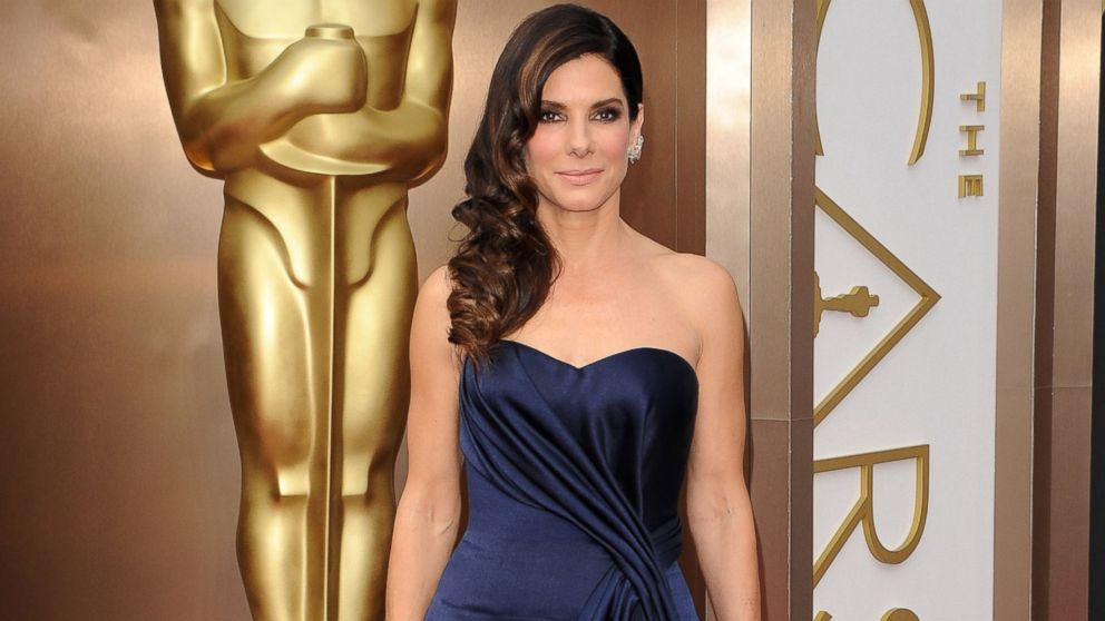 GTY sandra bullock mar 140519 16x9 992 Instant Index: Sandra Bullock Advises Graduates Not to Worry Or Pick Their Noses