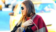 Sarah Jessica Parker Steps Out with a Personalized Poncho