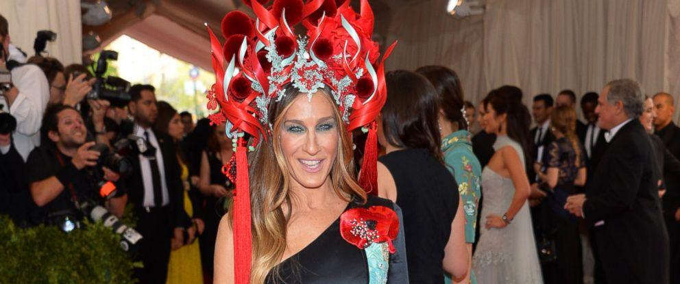 PHOTO: Sarah Jessica Parker arrives at The Metropolitan Museum of Arts Costume Institute gala