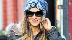 "Sarah Jessica Parker Braves the Cold ""City"""
