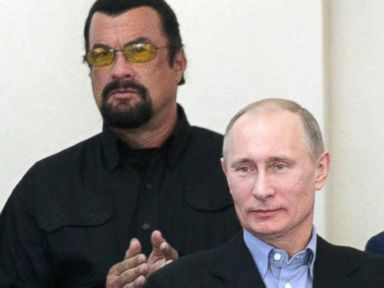 Steven Seagal Backs Putin on Crimea