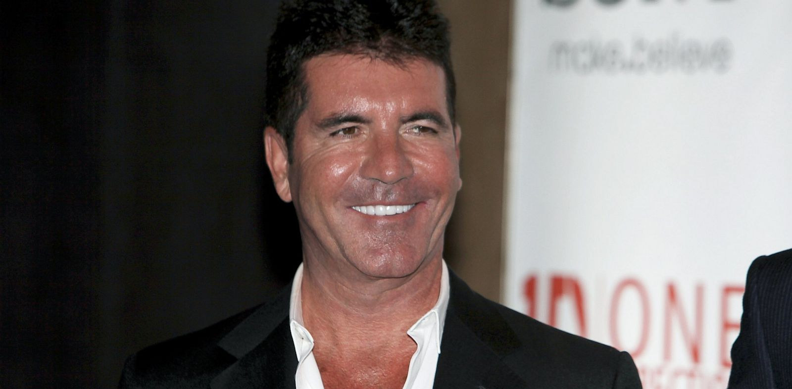 PHOTO: Simon Cowell Confirms Fatherhood