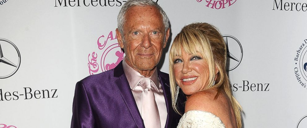 PHOTO: Alan Hamel, left, and Suzanne Somers, right, are pictured on Oct. 11, 2014 in Beverly Hills, Calif.