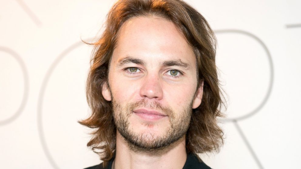 taylor kitsch shares friday night lights secrets   abc news
