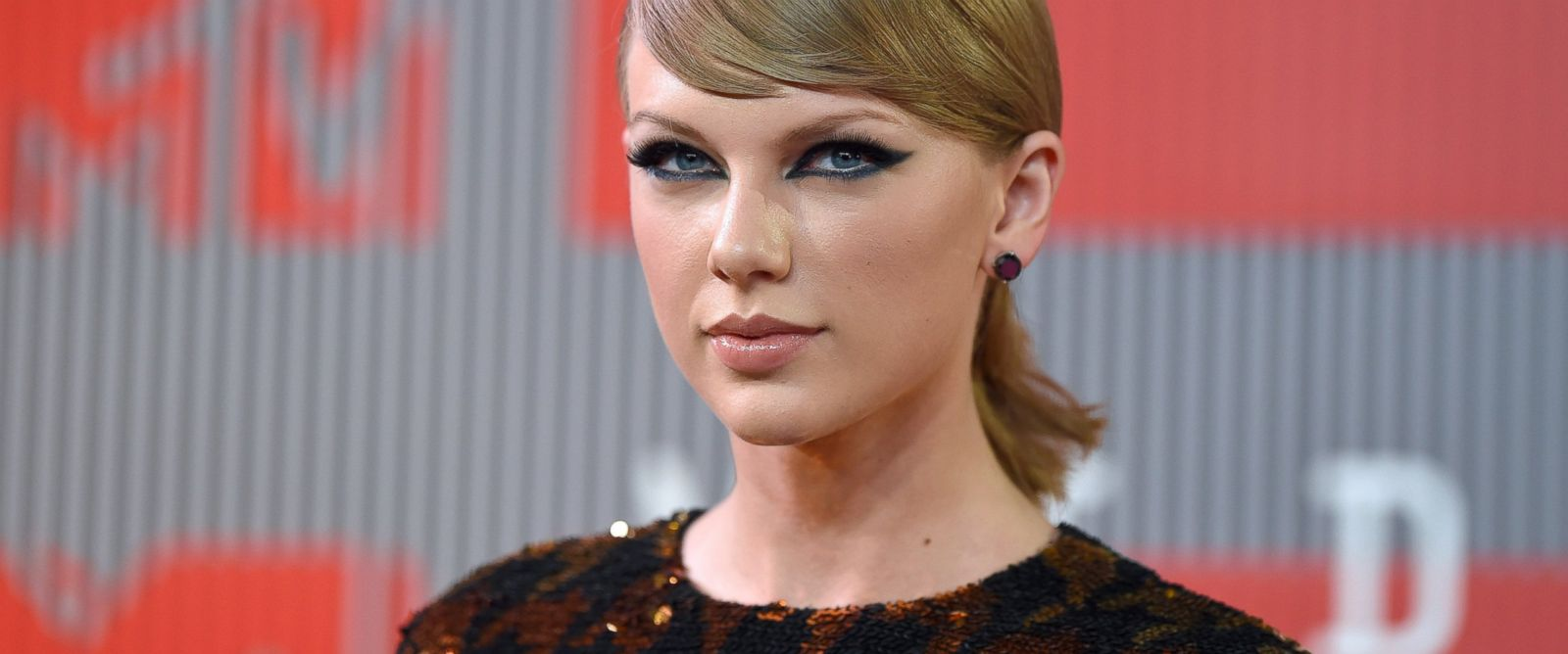 PHOTO:Taylor Swift arrives at the 2015 MTV Video Music Awards at Microsoft Theater, Aug.30, 2015, in Los Angeles.