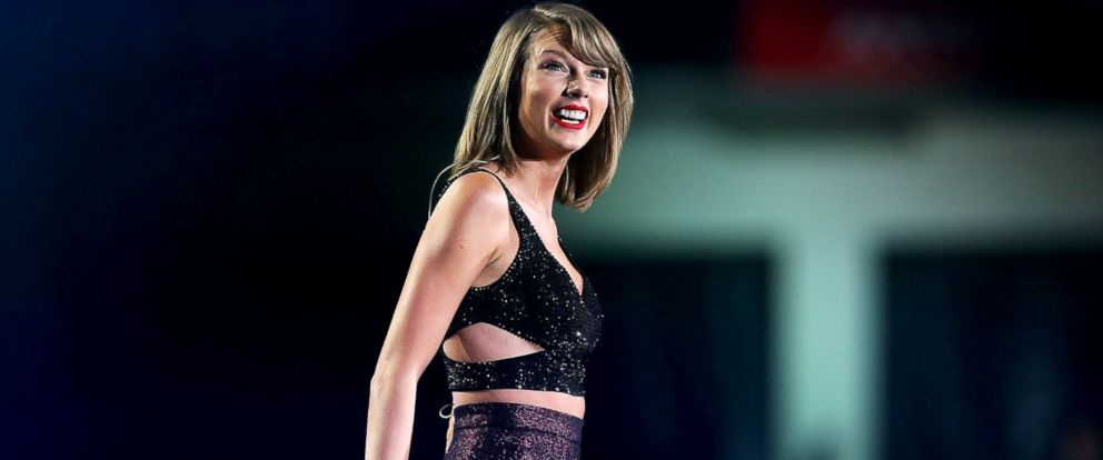 PHOTO: Taylor Swift performs during her 1989 World Tour at AAMI Park, Dec. 10, 2015, in Melbourne, Australia.