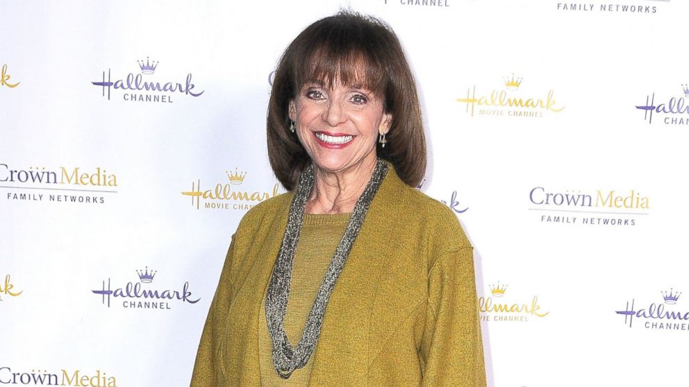 PHOTO: Actress Valerie Harper arrives at the Hallmark Channel & Hallmark Movie Channel 2014 Winter TCA Party,