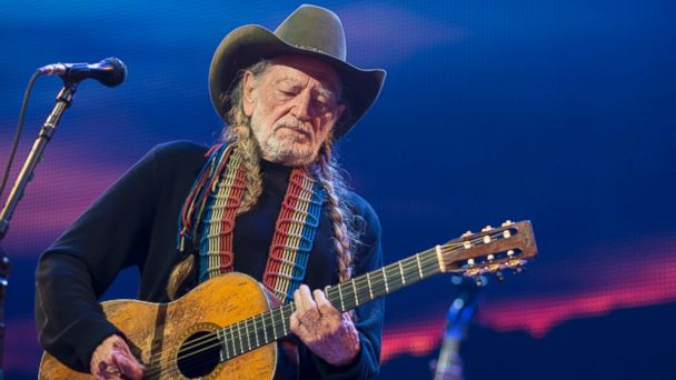 GTY willie nelson 183088878 jt 131123 16x9 608 Willie Nelsons Band Tour Bus Crashes in Texas