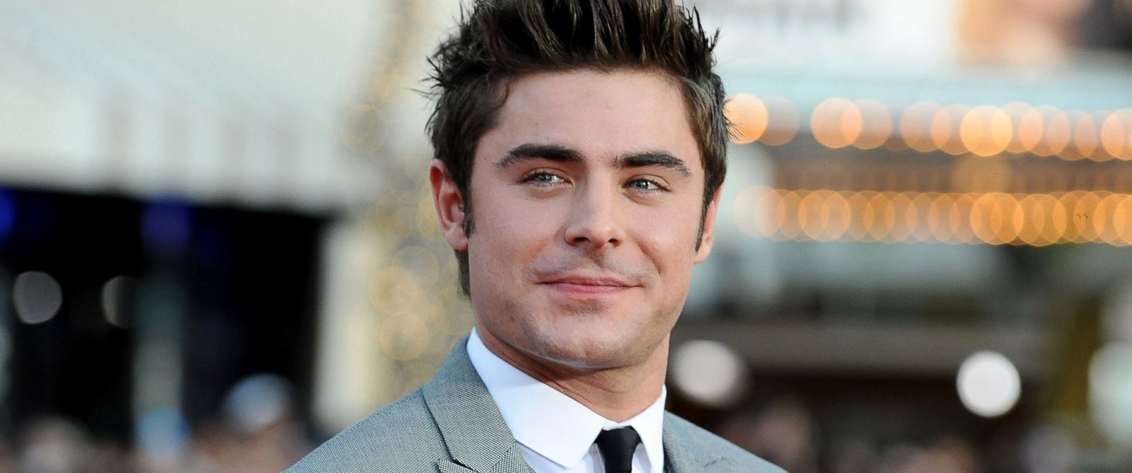 Zac Efron Admits Battl... Zac Efron