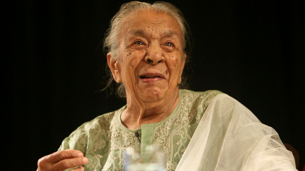 PHOTO: Zohra Sehgal at a reading of the extracts from her autobiography Close Up: Memors of a Life On Stage and Screen in New Delhi, July 27, 2010.