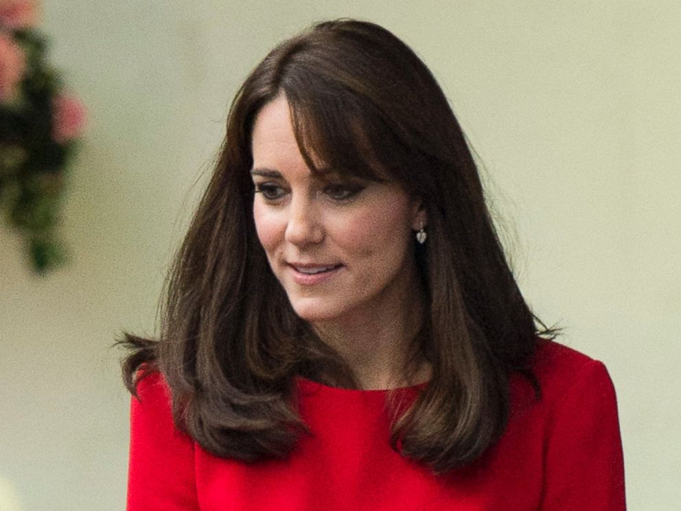 PHOTO: Catherine, Duchess of Cambridge attends the Anna Freud Centre Family School Christmas Party at Anna Freud Centre on Dec. 15, 2015 in London.