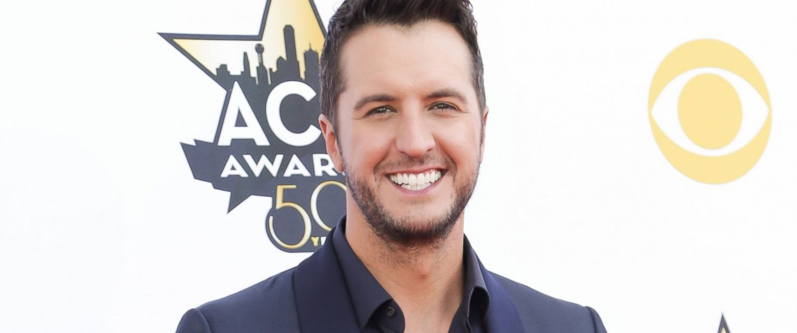 Why luke bryan is 39 honored 39 to raise nephew abc news for Luke bryan sister kelly cheshire cause of death
