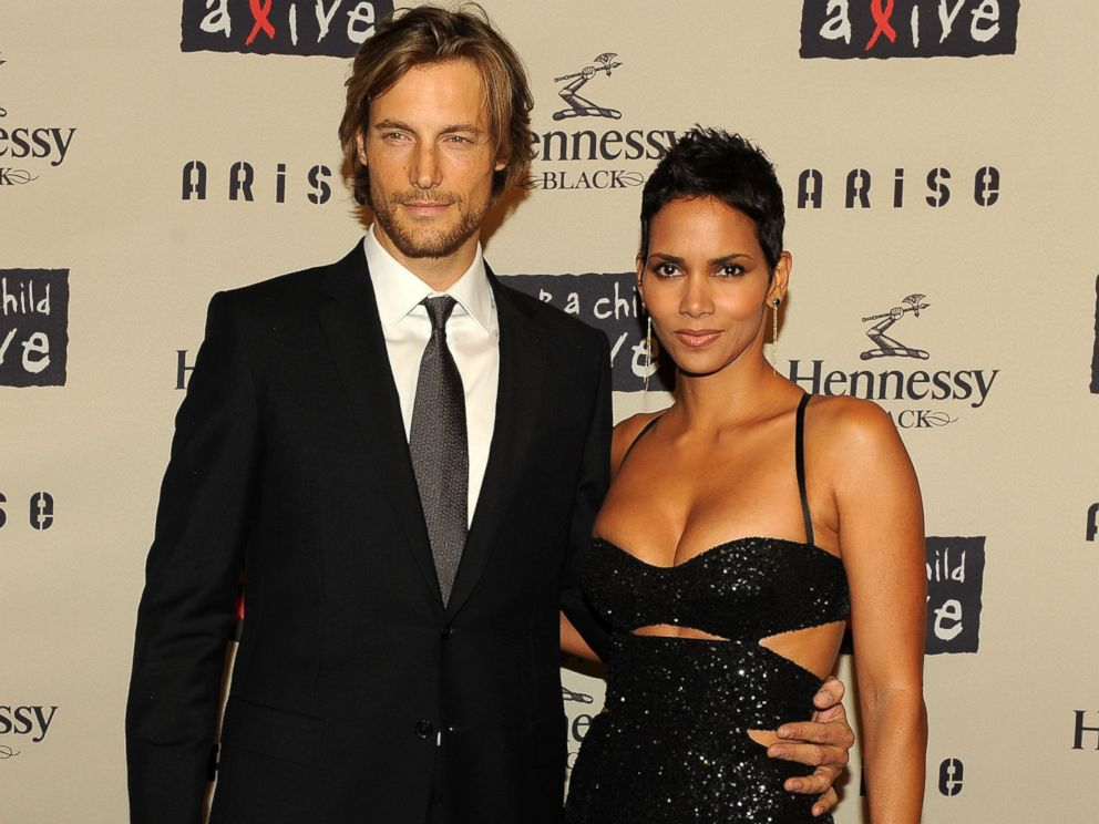 PHOTO: Gabriel Aubry and Halle Berry attend Keep A Child Alives 6th Annual Black Ball at Hammerstein Ballroom, Oct. 15, 2009 in New York.