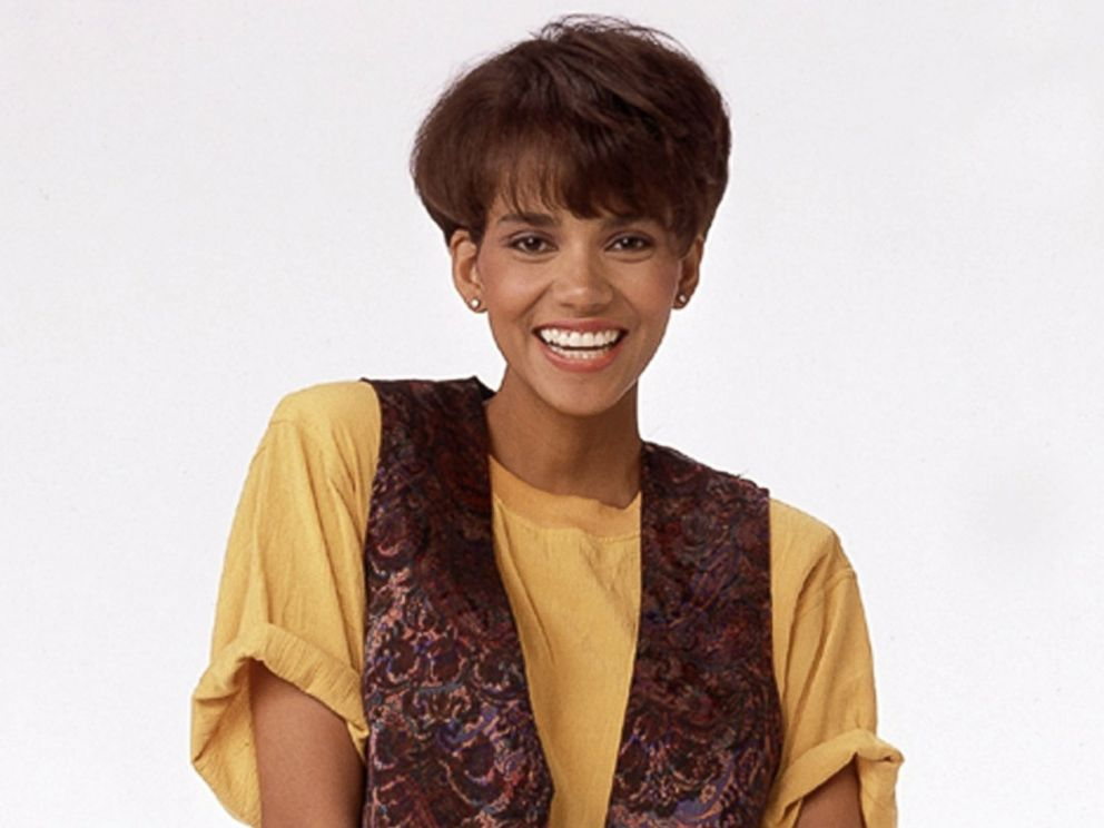 PHOTO: Halle Berry in her first TV series Living Dolls where she played Emily Franklin, one of four teen-agers aspiring to become models at a small agency in New York, Sept. 26, 1989.
