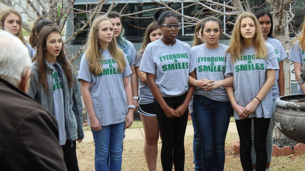 PHOTO: Larry Jackson, 68, was serenaded by a group of middle school choir students at his home in Edmond, Oklahoma.
