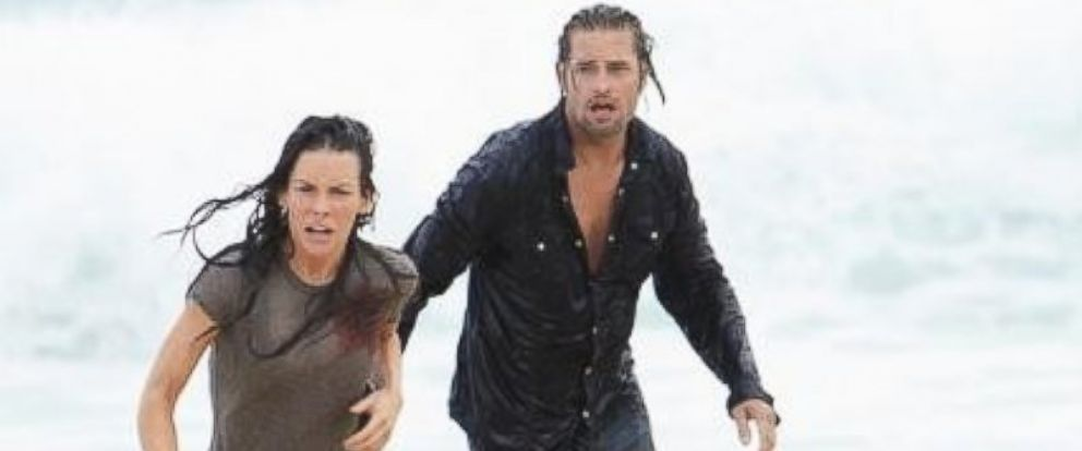 """PHOTO: Josh Holloway and Evangeline Lilly in """"The End"""" episode of the ABC Television Network """"Lost,"""" in 2004."""