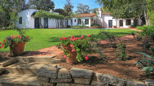 PHOTO: Marilyn Monroe's former home in the Brentwood neighborhood of Los Angeles is on the market for $6.9 million.