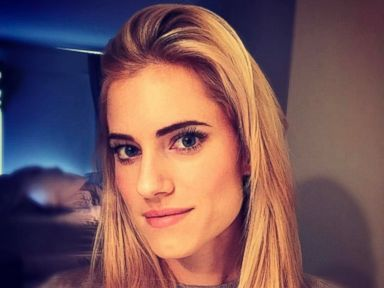 PHOTO: Allison Williams Debuts a New Blonde Do
