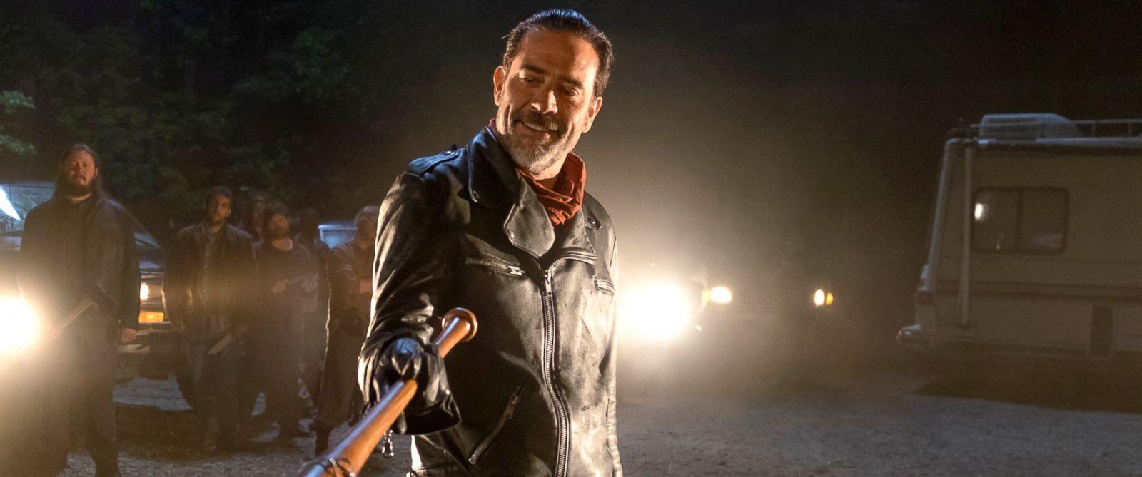 """PHOTO: Jeffrey Dean Morgan as Negan in a scene from """"The Waling Dead."""""""
