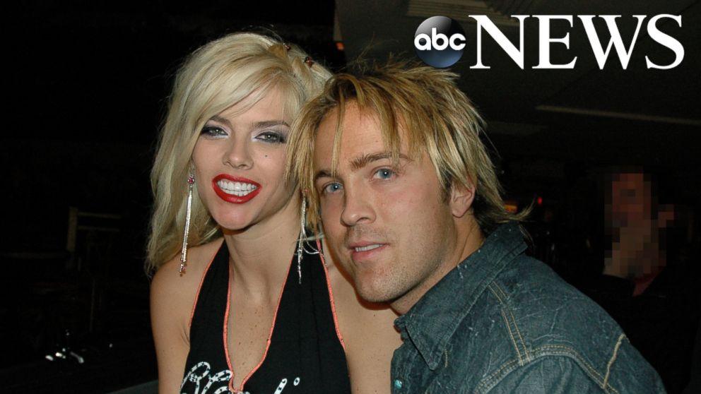 Anna Nicole Smith Daughter And Son Larry Birkhead r...