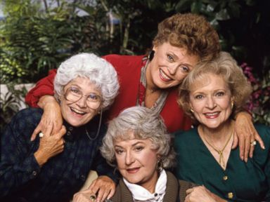 PHOTO: The Golden Girls Estelle Getty, Rue McClanahan, Betty White, Bea Arthur are seen in this cast photo in 1988.