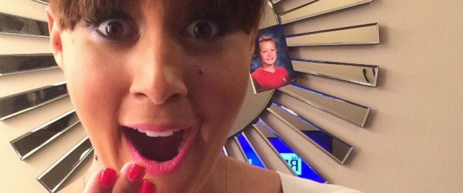 PHOTO: Tamera Mowry-Housley poses with a pregnancy test in a photo posted to Instagram, Jan. 4, 2015.