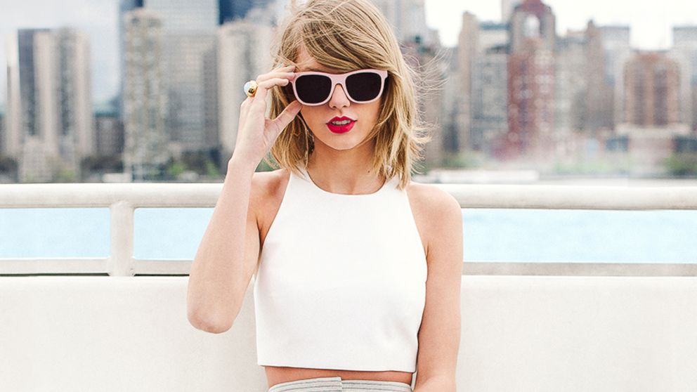 PHOTO:Taylor Swift has been teasing it on social media, but at 5PM EST, shell finally reveal what its all about.