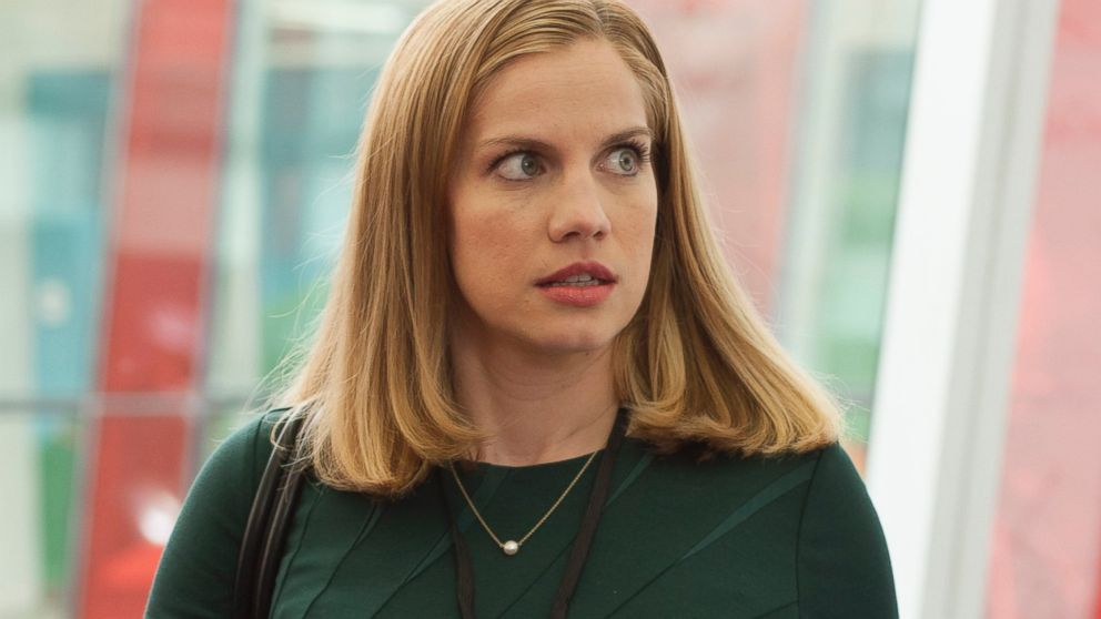 "PHOTO: Anna Chlumsky as Amy in season 3 of ""Veep."""