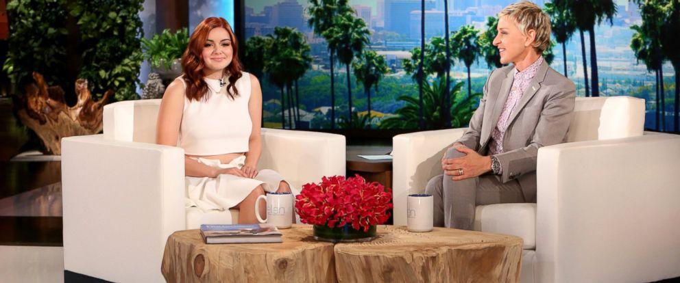 """PHOTO: Ariel Winter talks with Ellen Degeneres on """"The Ellen Degeneres Show."""""""