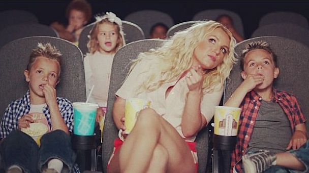 HT britney spears sons jef 130710 16x9 608 Cute Photo: Britneys Boys In New Music Video