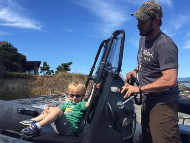 PHOTO: Chris Pratt Spends the Day With His Son