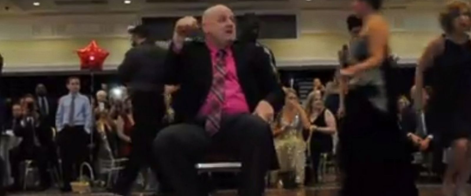"PHOTO: Dover Police Master Cpl. Jeff Davis dances to Taylor Swifts hit ""Shake It Off."""