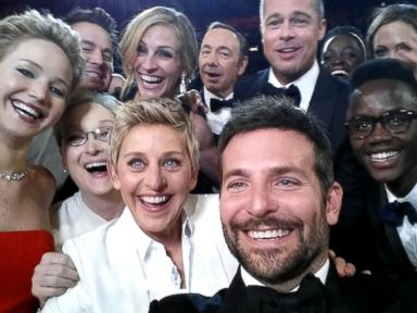 Ellen's Oscar Selfie Most Retweeted Tweet Ever