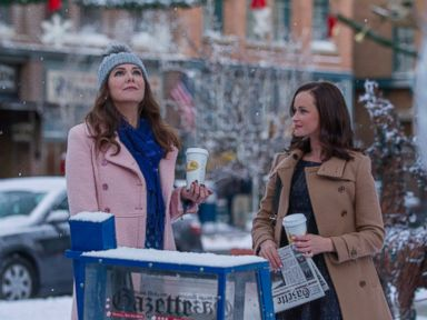 PHOTO: Lauren Graham and Alexis Bledel are seen in a still from Gilmore Girls: A Year In The Life.