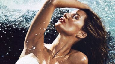 PHOTO: Gisele Shows Off Her Body In H&M Bikini Ads