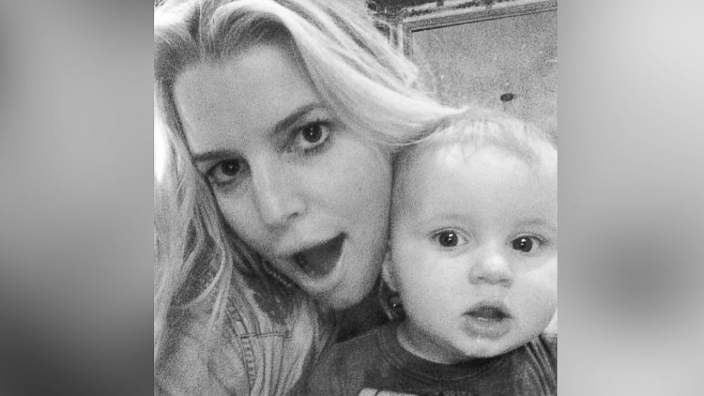 "PHOTO: Jessica Simpson posted this image on Instagram with this caption: ""Selfie fun,"" Feb. 21, 2014."