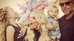 Jessica Simpson Shares a Festive Family Photo
