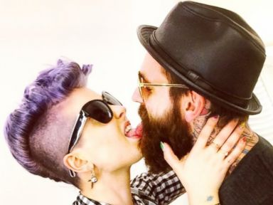 Kelly Osbourne Shares Picture Kissing Model Ricki Hall
