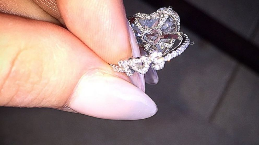 Lady gaga shows off best part of her engagement ring abc news