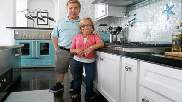 HT little couple jen arnold sr 131206 16x9 608 The Little Couple Star Jen Arnold Has Cancer