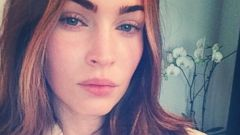 Megan Fox Posts a Makeup-Free Selfie