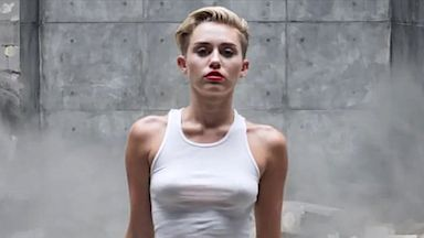 PHOTO: Mileys New Video