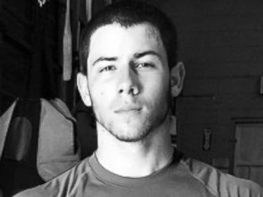 Photos: Nick Jonas Gets Ripped