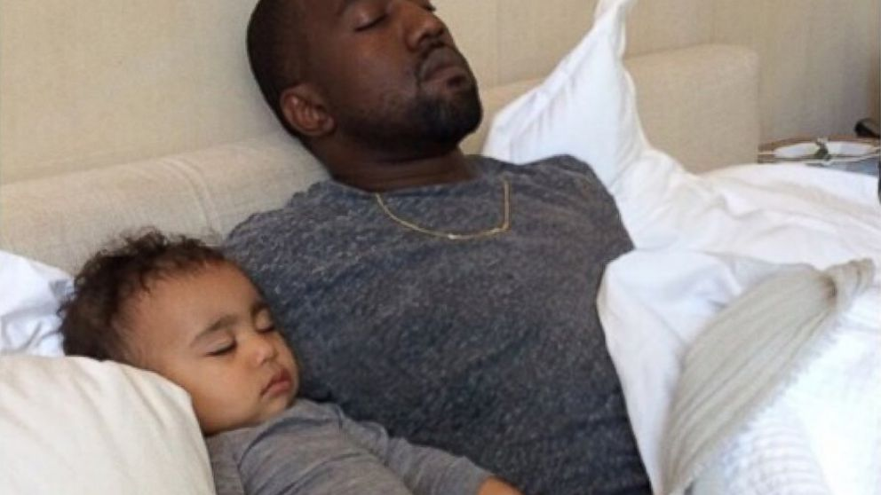 Kim Kardashian West Shares Sweet Photo Of Kanye And North On Father S Day Abc News