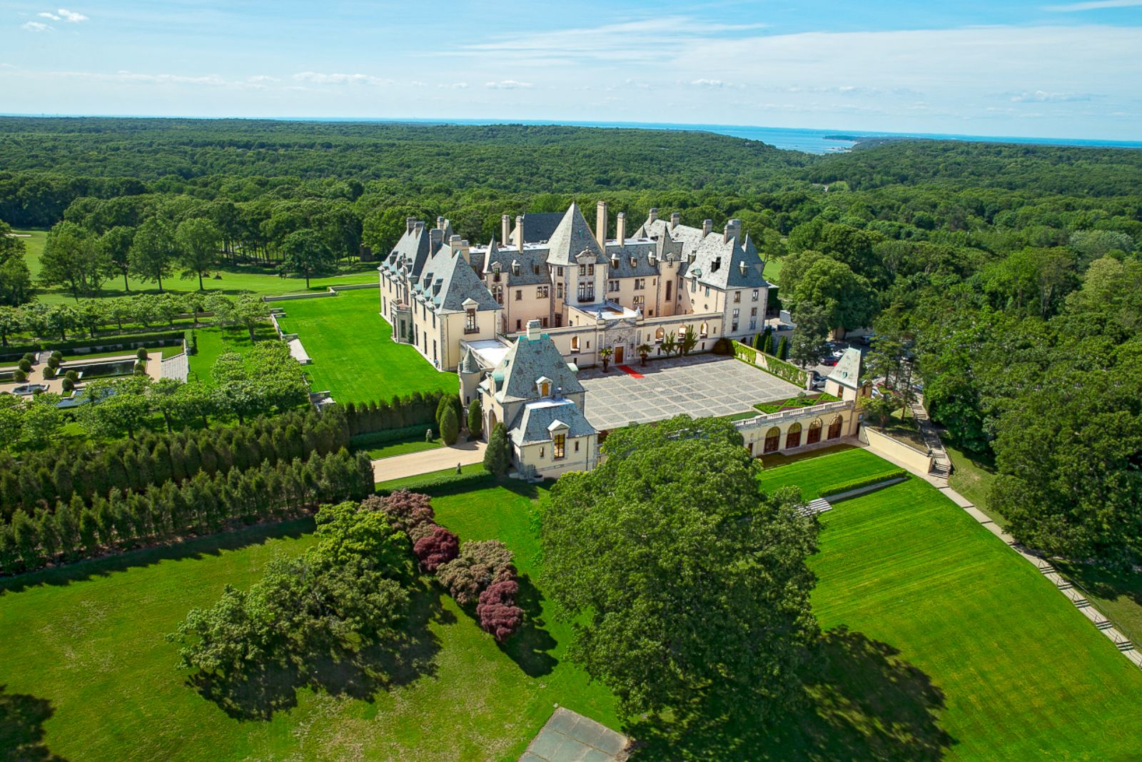 Taylor Swift Uses Oheka Castle As Setting For Latest Video Photos Image 2 Abc News