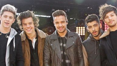 """PHOTO: One Direction performs on """"Good Morning America."""""""