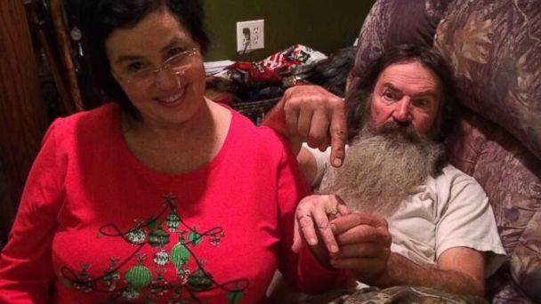 HT phil robertson ring nt 131226 16x9 608 Duck Dynasty Phil Robertson Buys Wife Lavish Christmas Gift